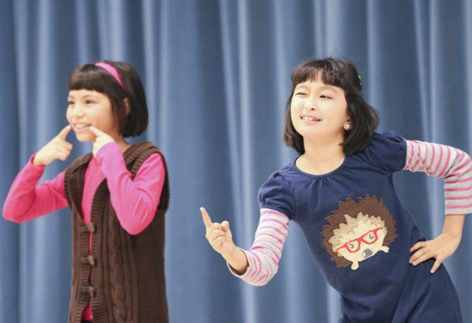 2 Girls @ Oral Language Festival